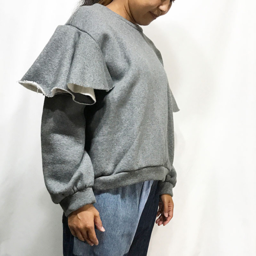 TOPS : FRILL SLEEVE TOPS / DEEP HEATHER GRAY ¥18,360-